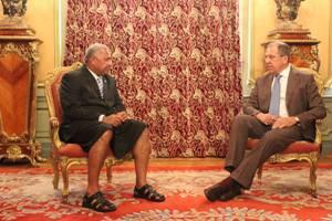 Russian Foreign Minister Sergey Lavrov (right) meets Fiji Prime Minister Voreqe Bainimarama. Image: Fiji MFA
