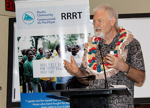 Pacific Media Centre's Dr David Robie speaking at the human rights forum in Nadi, Fiji. Image: Jilda Shem/RRRT