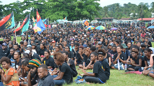 lae student crowd 500wide