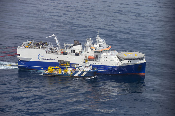 The Schlumberger seismic survey vessel, Amazon Warrior. Image: (c) Nigel Marple/Greenpeace