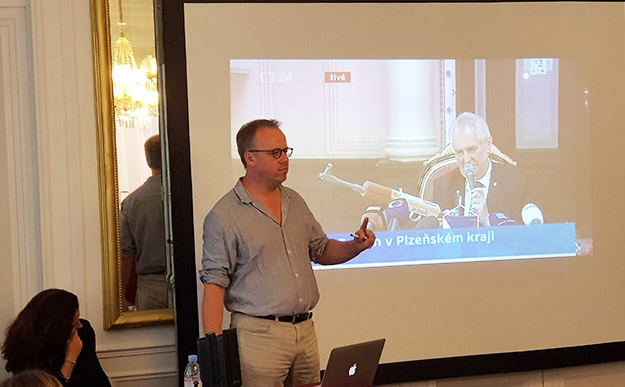 "RSF's Christophe Deloire talks of the Czech President's anti-journalists gun ""joke"". Image: David Robie/PMC"