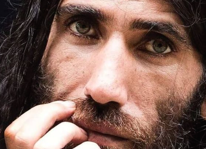 NZ grants Kurdish-Iranian author Behrouz Boochani refugee status