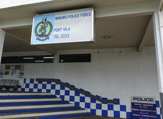 Vanuatu police