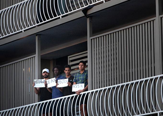 Australian detainees protest