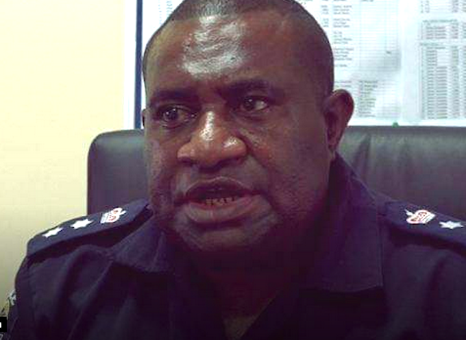 PNG military hand over three suspects in police officer killing