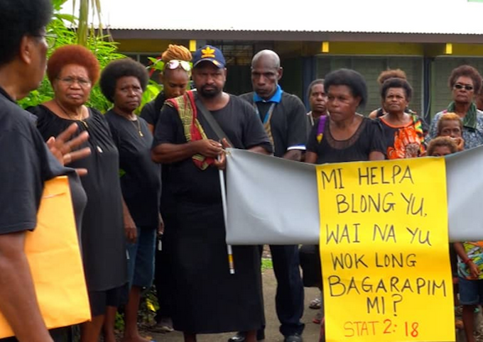 Many in black rally for Jenelyn and against PNG gender-based violence
