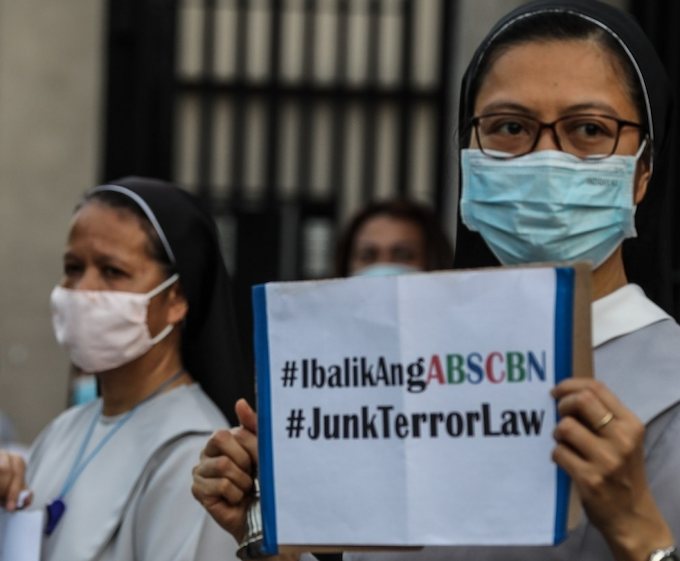 Bishops slam draconian security laws in Philippines, Hong Kong