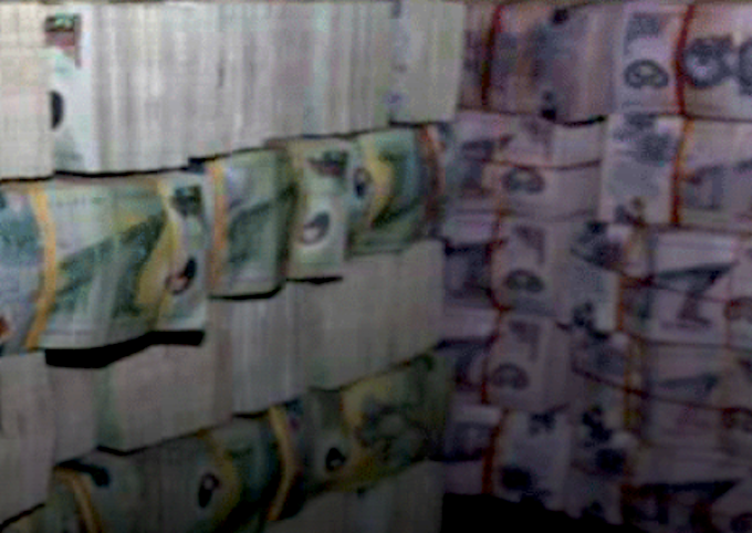 PNG police seize K200,000 on ship in suspected money laundering raid