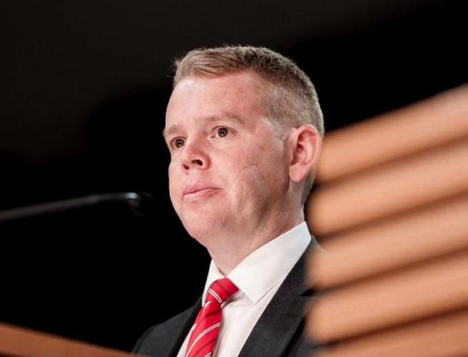 NZ covid minister Hipkins hopeful of no lockdown over community case