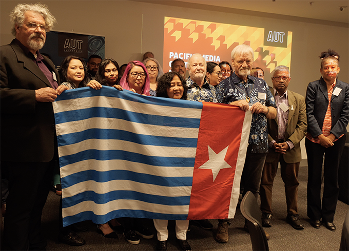 Academics, journalists, students raise Papuan flag in NZ 'solidarity' gesture