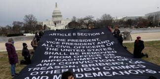 Remove Trump banner