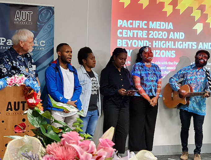Papuan students farewell Dr David Robie