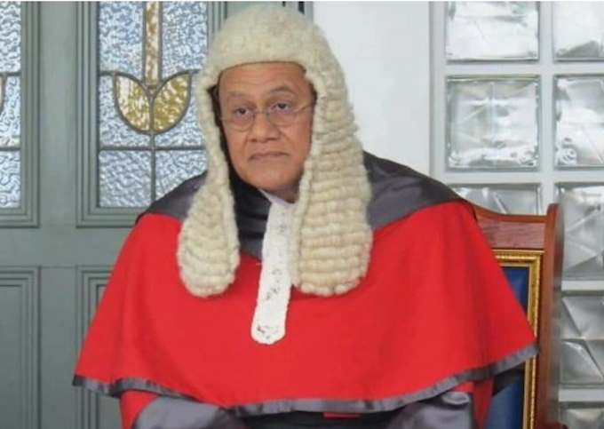 Chief Justice Satiu Simativa Perese