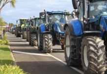 'Howl of rage' tractor protest