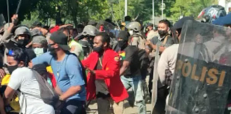 Papuan students protests against Otsus