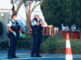 Armed police at Auckland's LynnMall