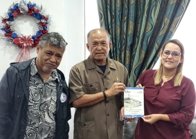 New Marshall Islands fisheries book