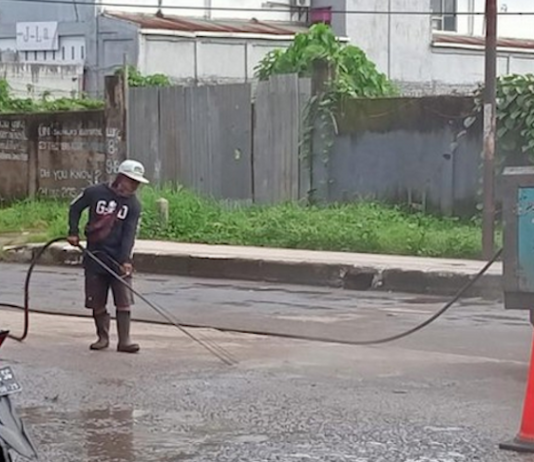 Sorong road repairs